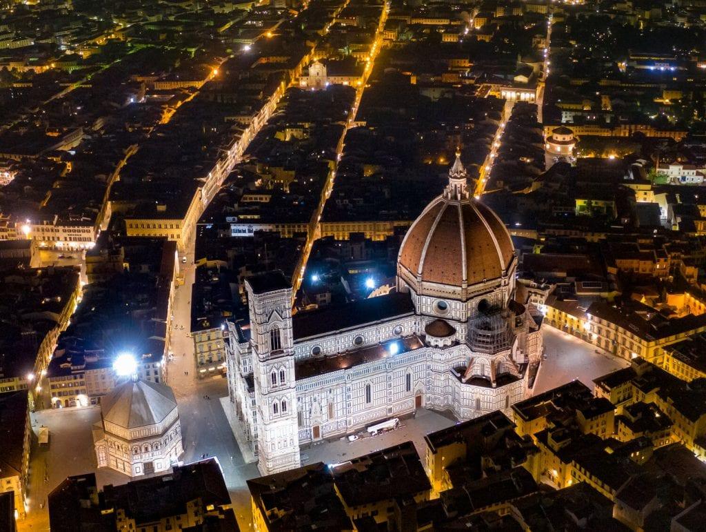 italy itinerary- florence at night