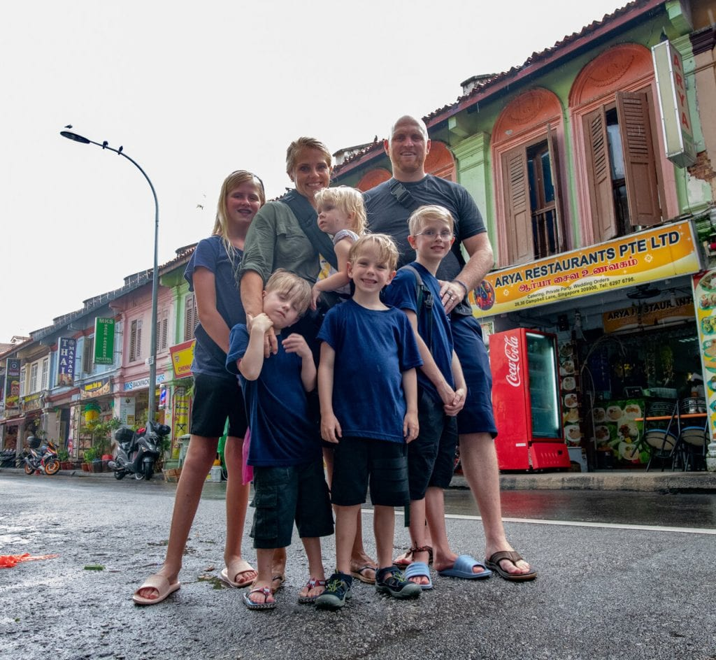 singapore travel guide- a family picture on the streets of singapore