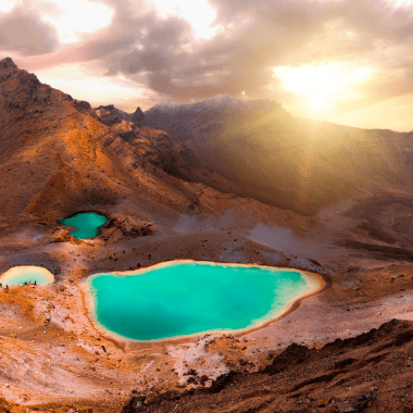 Tongariro Crossing via 7wayfinders